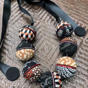 saturn-ines-necklace-silk-twill-tie-vintage-scarfs-fashion-jewelry-galerie-h-valerie-hangel