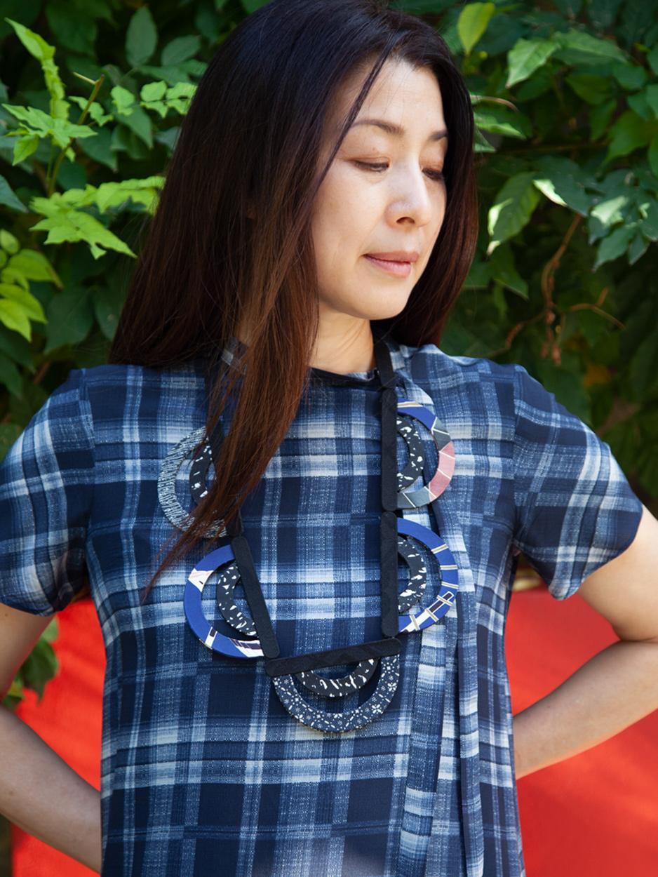 Collier-Soie-Indigo-Japon-Bijou-Textile-Galerie-h
