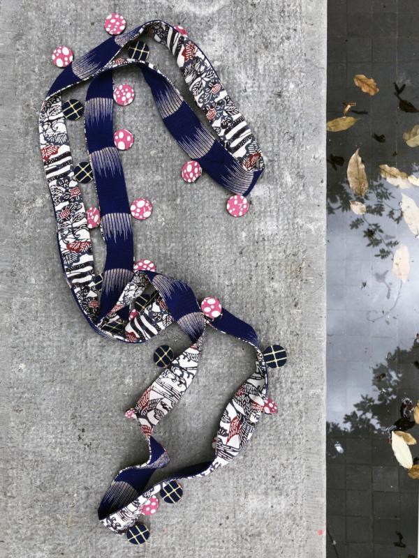 collier-nymphe-ruban-kimono-soie-bijou-atelier-creation-geneve-Hangel