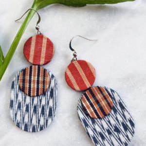 bijoux-textile-boucles-d-oreilles-ikat-soie-kimono-ancien-fait-main-valerie-hangel-suisse