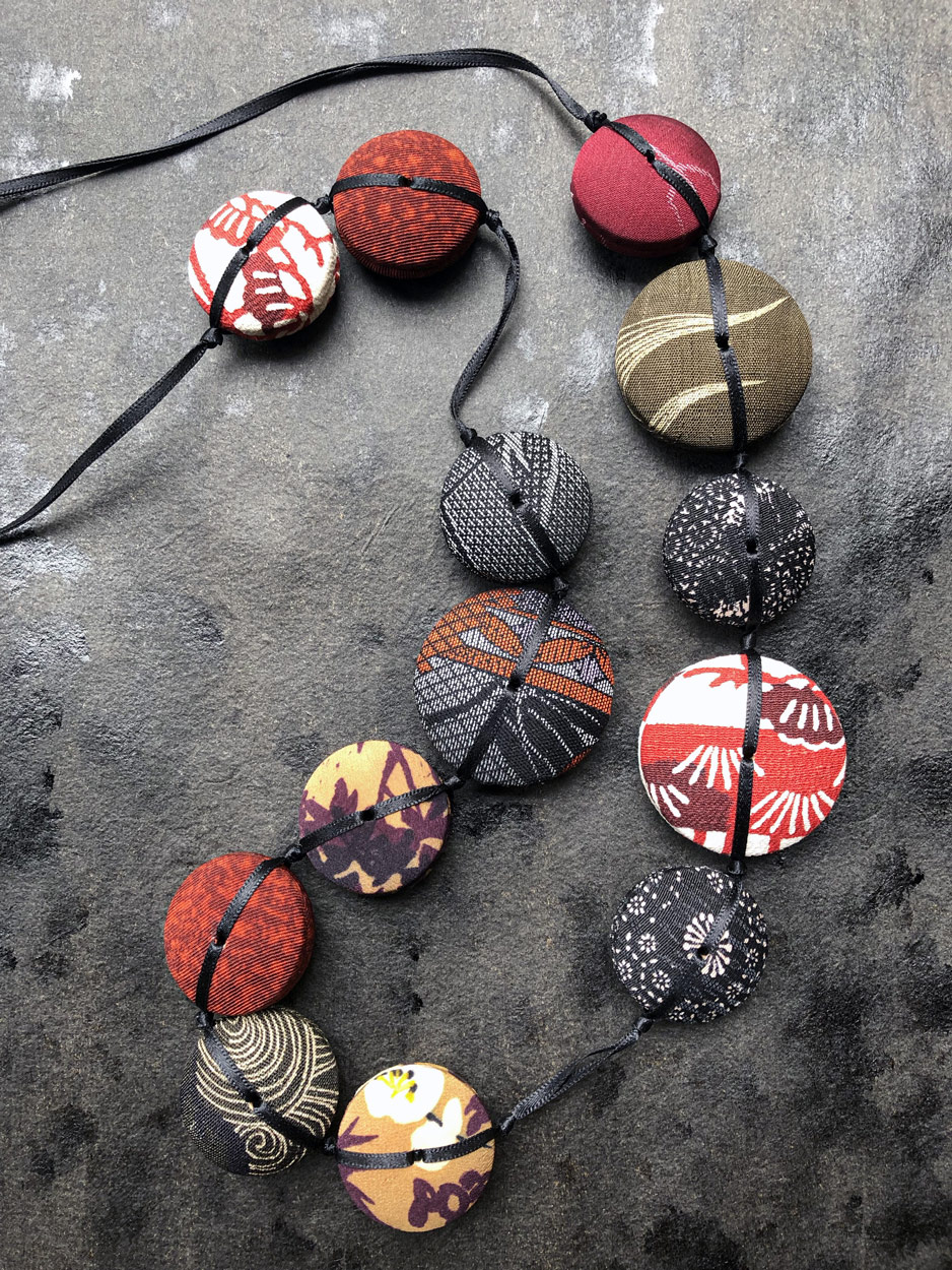 collier-Hiroko-dragon-tissus-kimonos-bijou-fait-main-artisanat-mode-accessoires-galerie-h