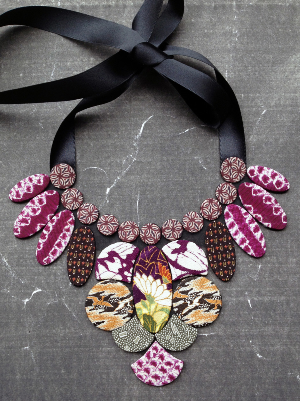 necklace-mekong-boutique-carouge-crafts-hangel-gallery-recycle-gift