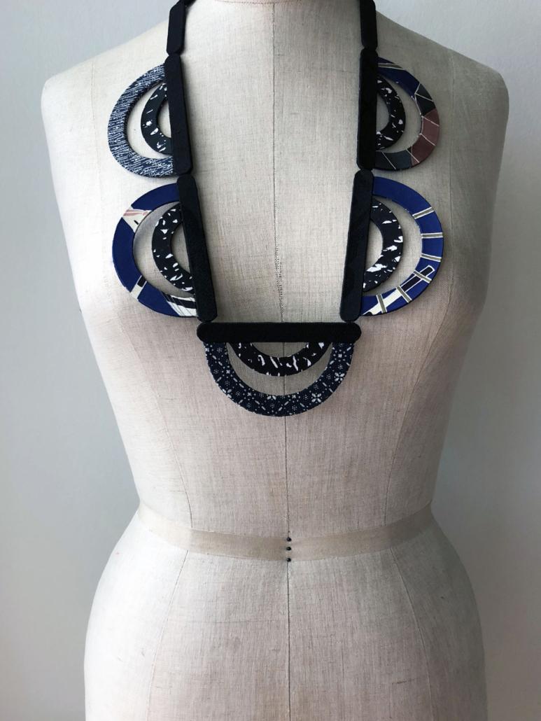 collier-ondes-createur-Geneve-artisan-kimono-vintage-Hangel-valerie-Geneve