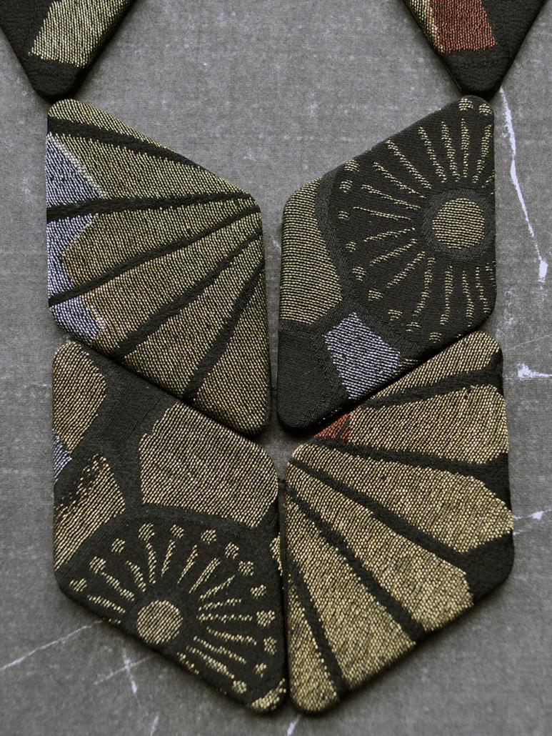 collier-scarabee-Hangel-createur-or-bijou-textile-artisanat-geneve