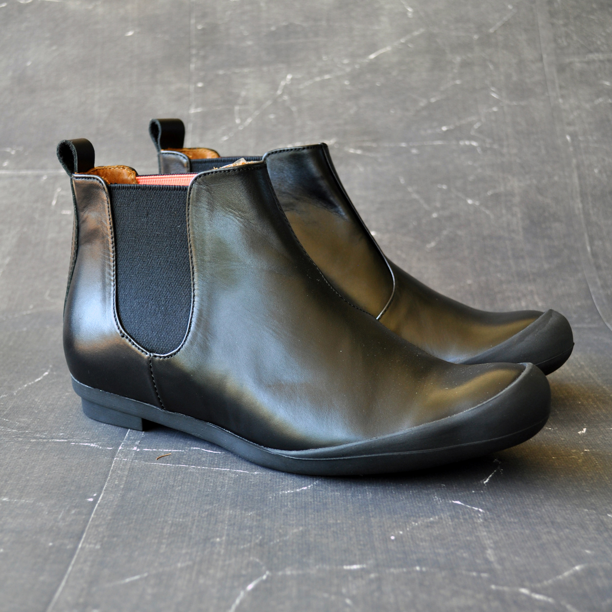 Cuir-confort-chaussure-Tracey-Neuls-Carouge-Geneve-boutique-mode