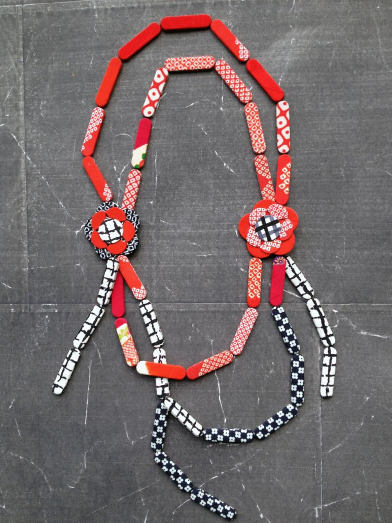 collier-camelia-kimono-carouge-geneve-bijoux-artisanat