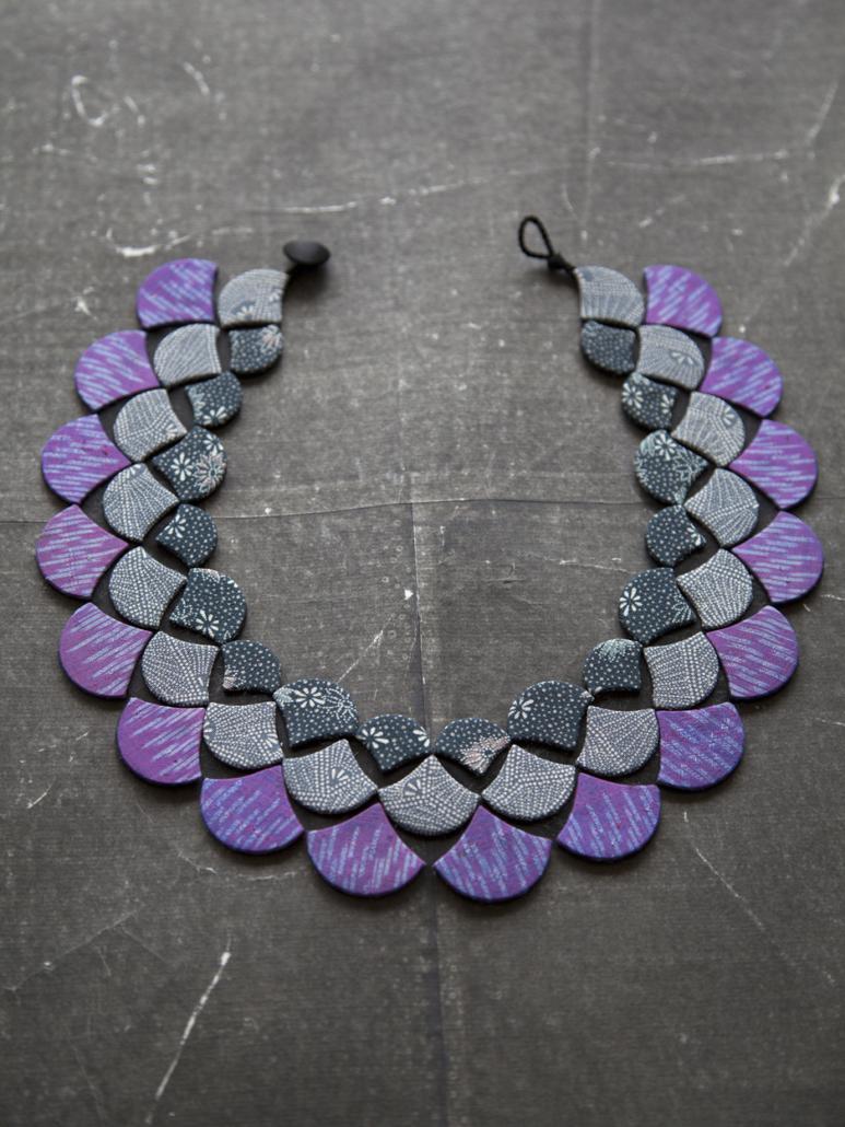 collier-paon-Valerie-Hangel-bijoux-fantaisie-kimono-soie-carouge