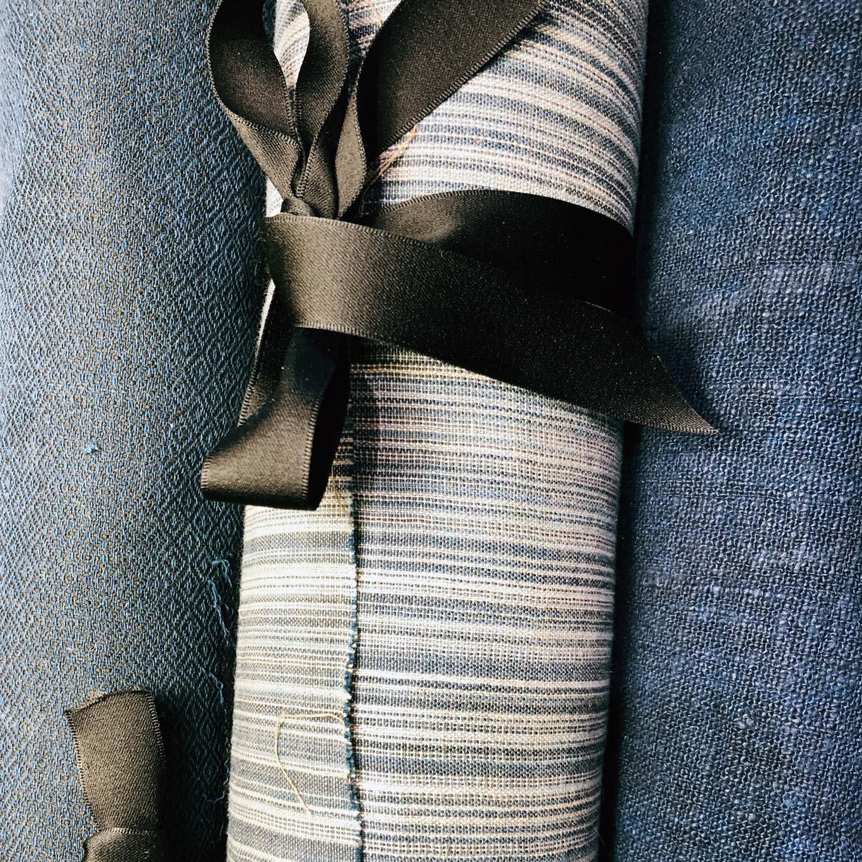 confection-couture-Tissus-au-metre-lin-soie-chanvre-laine-coton-boutique-carouge-geneve-galerie-h
