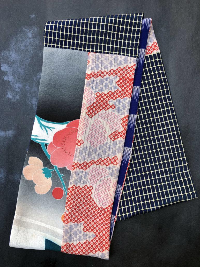Echarpe-tube-fleurs-kaki-bleu-Klein-soie-imprime-kimono-ancien-boutique-accessoire-Carouge-galerie-h