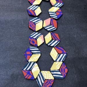 collier-perle-cube-kimono-accessoire-foulard-femme-cadeau-stylisme-valerie-hangel-carouge