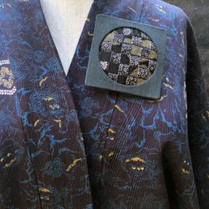 broche-soie-kimono-bijou-fait-main-collection-mode-femme-artisan-createur-hangel-carouge
