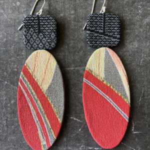 earrings-gold-red-textile-made-creation-workshop-valerie-hangel