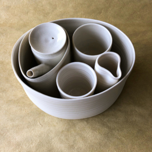 ceramics-julie-anne-hargreaves-ceramist-galerie-h-geneva-carouge