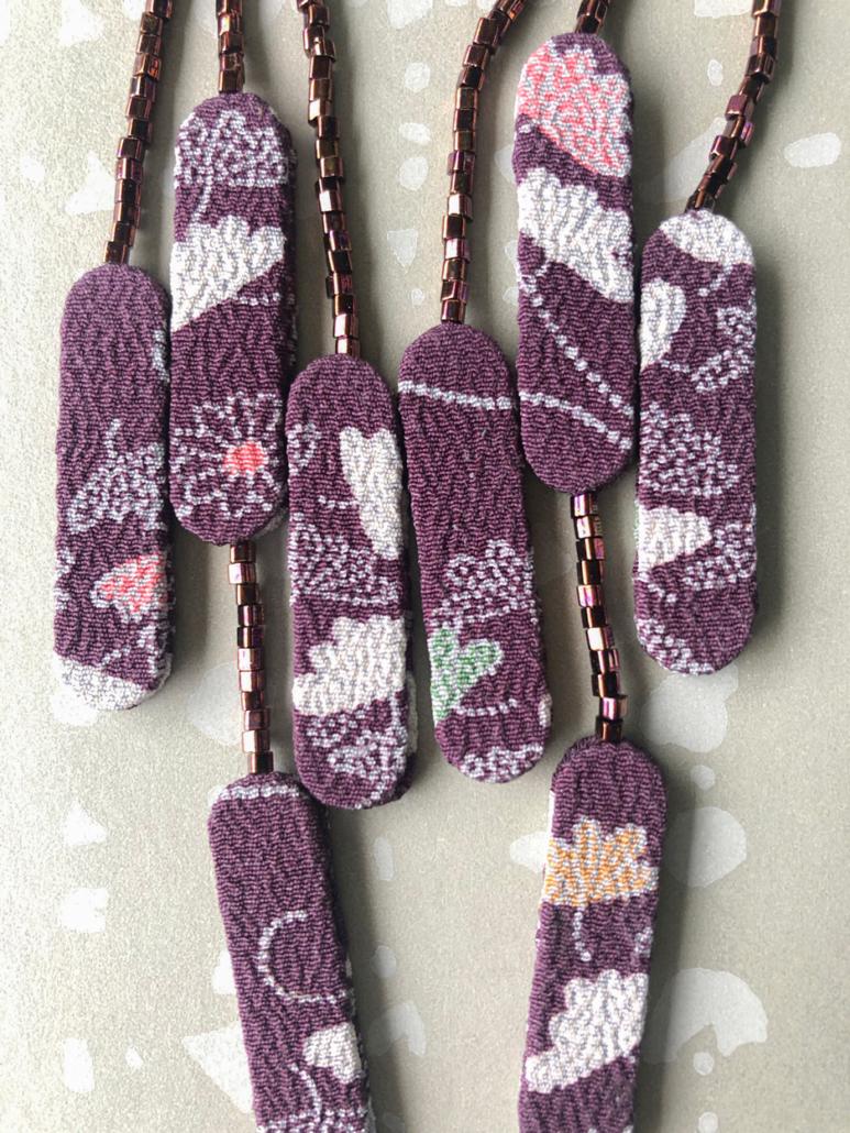 Boucles-oreilles-pluie-ete-rocailles-soie-kimono-fait-main-artisan-Valerie-Hangel
