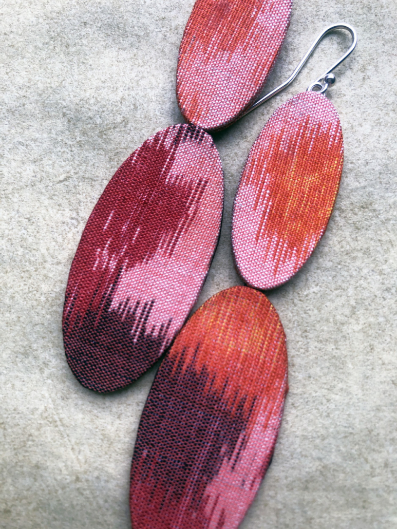 Boucles-oreilles-soie-kimono-textile-ancien-accessoire-femme-cadeaux-bijoux-galerie-artisanat-Carouge-galerie-h