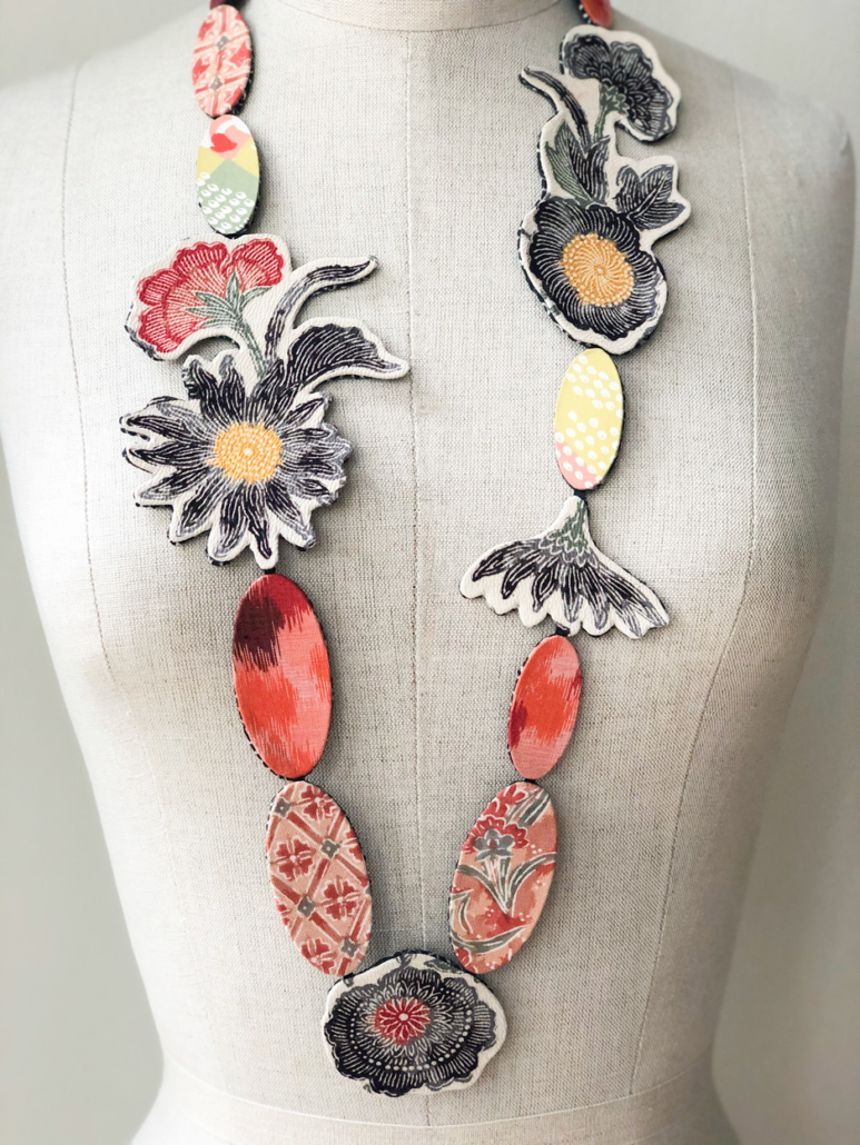 Collier-soie-kimono-creation-unique-fait-main-atelier-Galerie-h-Valerie-hangle-geneve