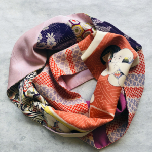 echarpe-empiecement-accessoire-femme-soie-kimono-galerie-h-valerie-Hangel-Carouge-Geneve