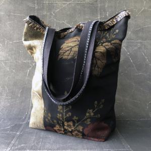 sac-kimono-fait-main-accessoire-mode-luxe-Valerie-Hangel-Carouge