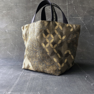 handmade-fabric-bag-unique-piece-cotton-kimono-gold-valerie-hangel-galerie-h-geneva