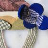 broche-paysage-soie-perles-bijoux-fait-main-piece-unique-collection-constellation-galerie-h-geneve