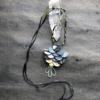pendentif-lotus-soie-perles-de-verre-creation-fait-main-bijoux-createur-accessoire-femme-mode-galerie-h-carouge