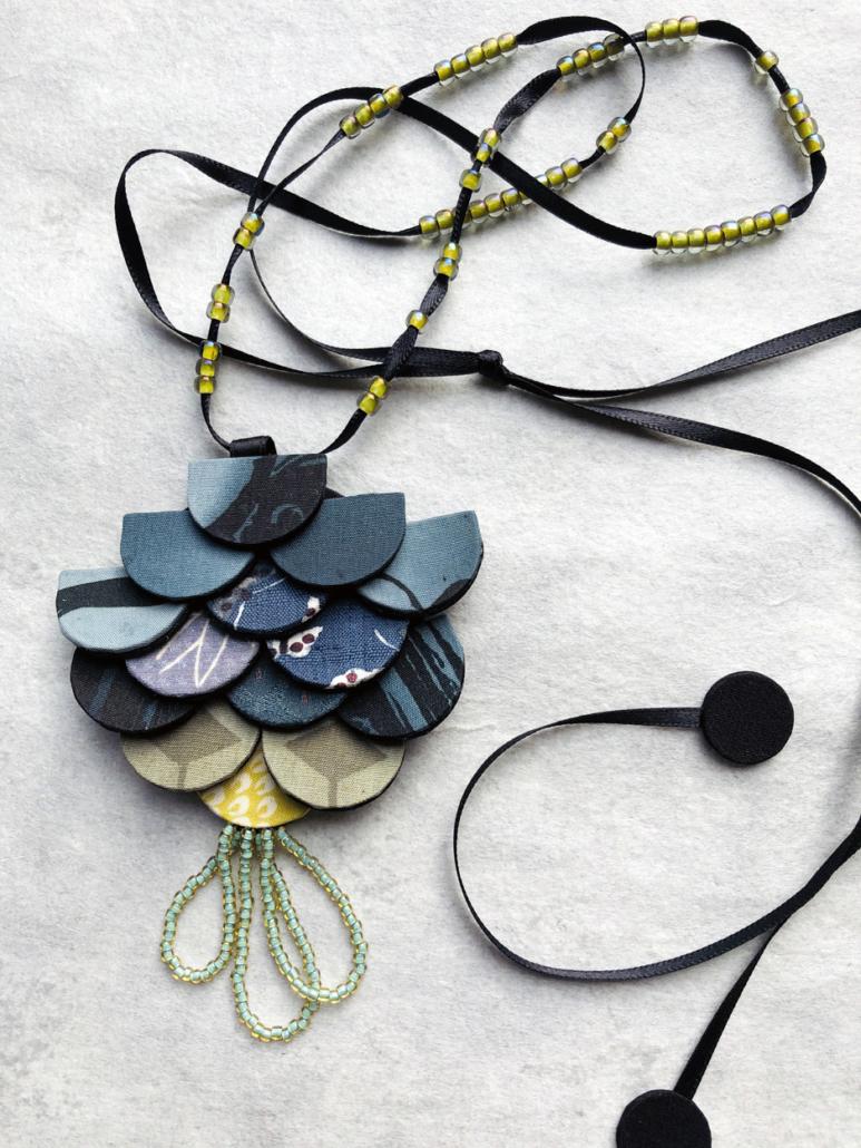 pendentif-accessoire-soie-kimono-luxe-boutique-bijouterie-fait-main-carouge-hangel