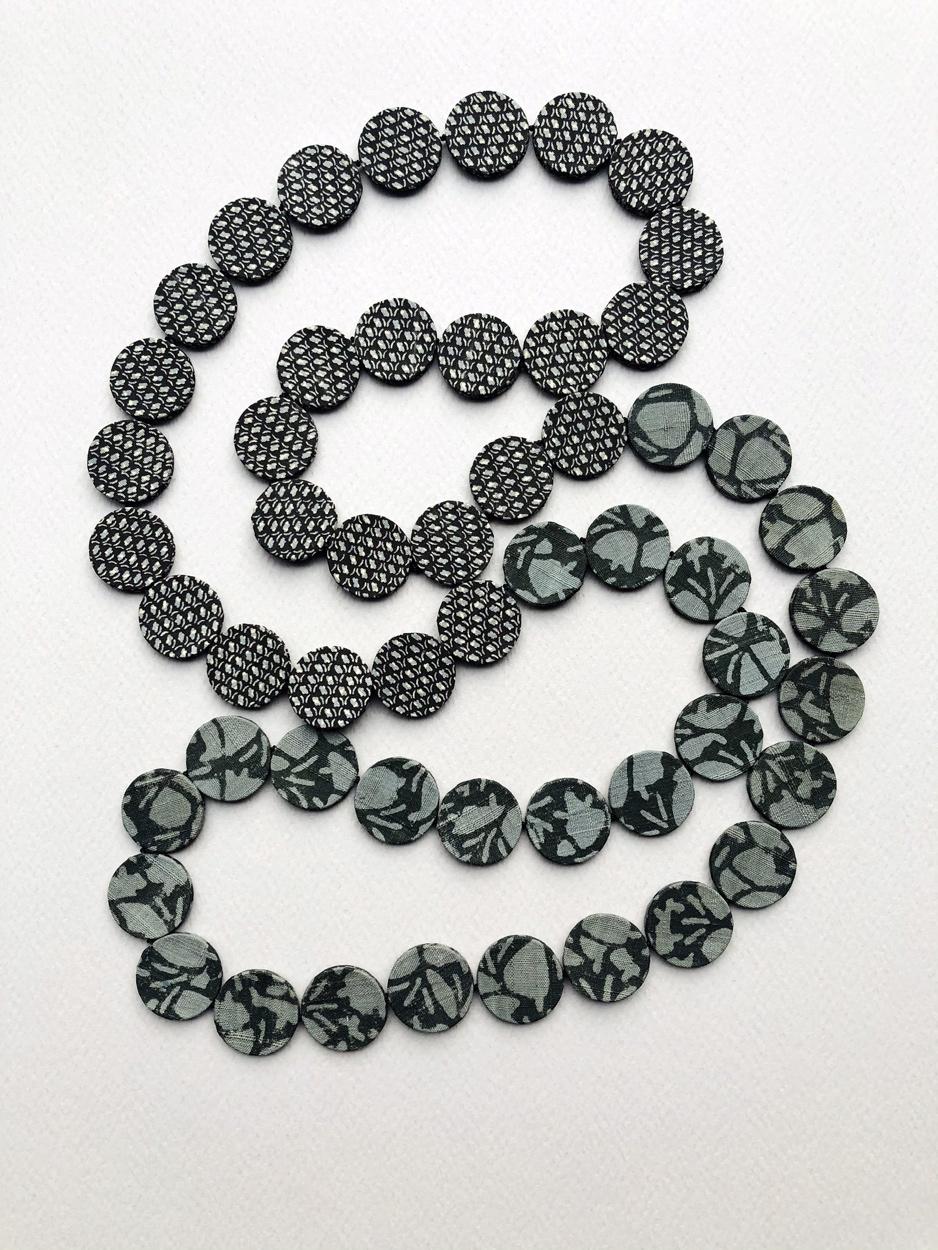 necklace-snow-flake-jewelry-piece-unique-craft-luxury-gift-fashion-silk-accessories-valerie-hangel
