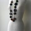 collier-hiroko-vert-soie-kimono-artisanat-contemporain-fait-mains-piece-unique-mode-valerie-hangel-carouge