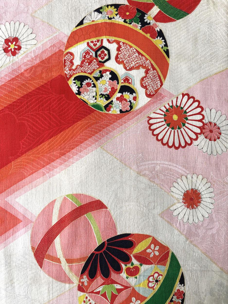kimono-ancien-piece-collection-dessin-ballon-japon-geneve-galerie-h-textile
